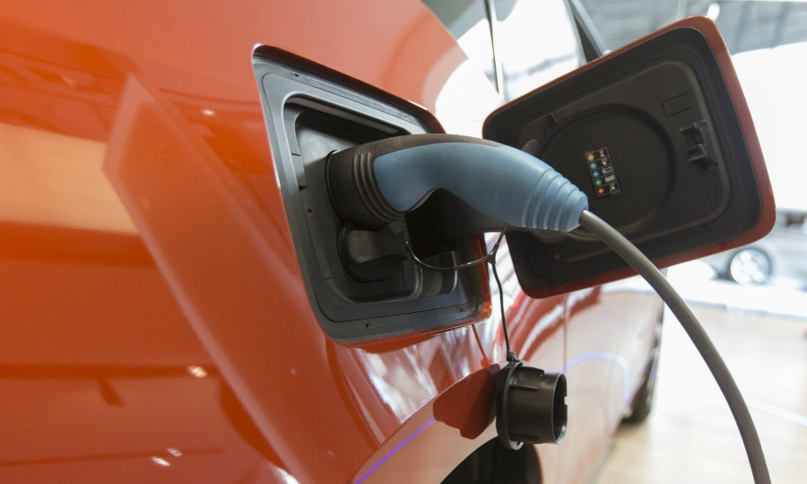 Berlin The German Cabinet Today Roved New Incentives And Tax Breaks To Boost Demand For Electric Cars In An Attempt Meet Its Target Of Bringing 1