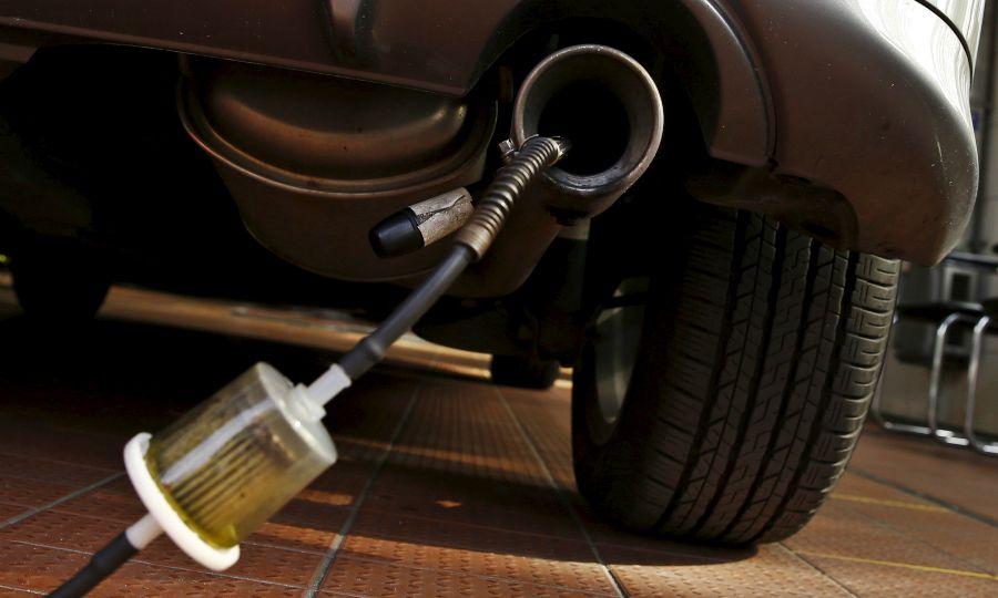 Eu Lawmakers Back 40 Co2 Cut For Cars Vans By 2030