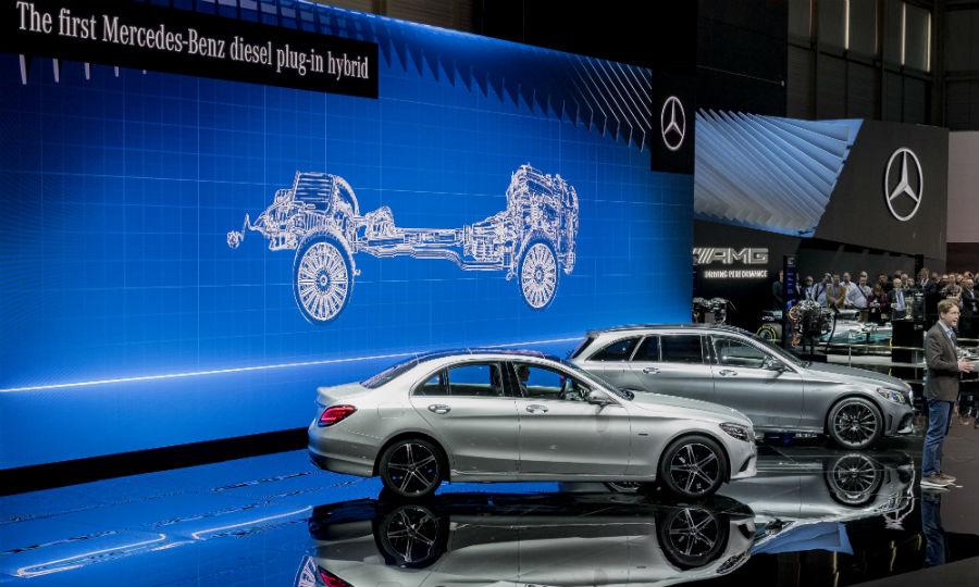 Mercedes bucks trend with plug-in hybrid diesels