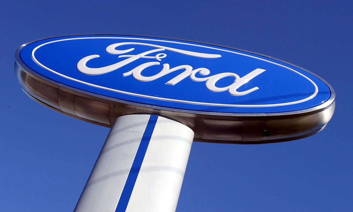 Why this analyst thinks Ford will cut 25,000 jobs