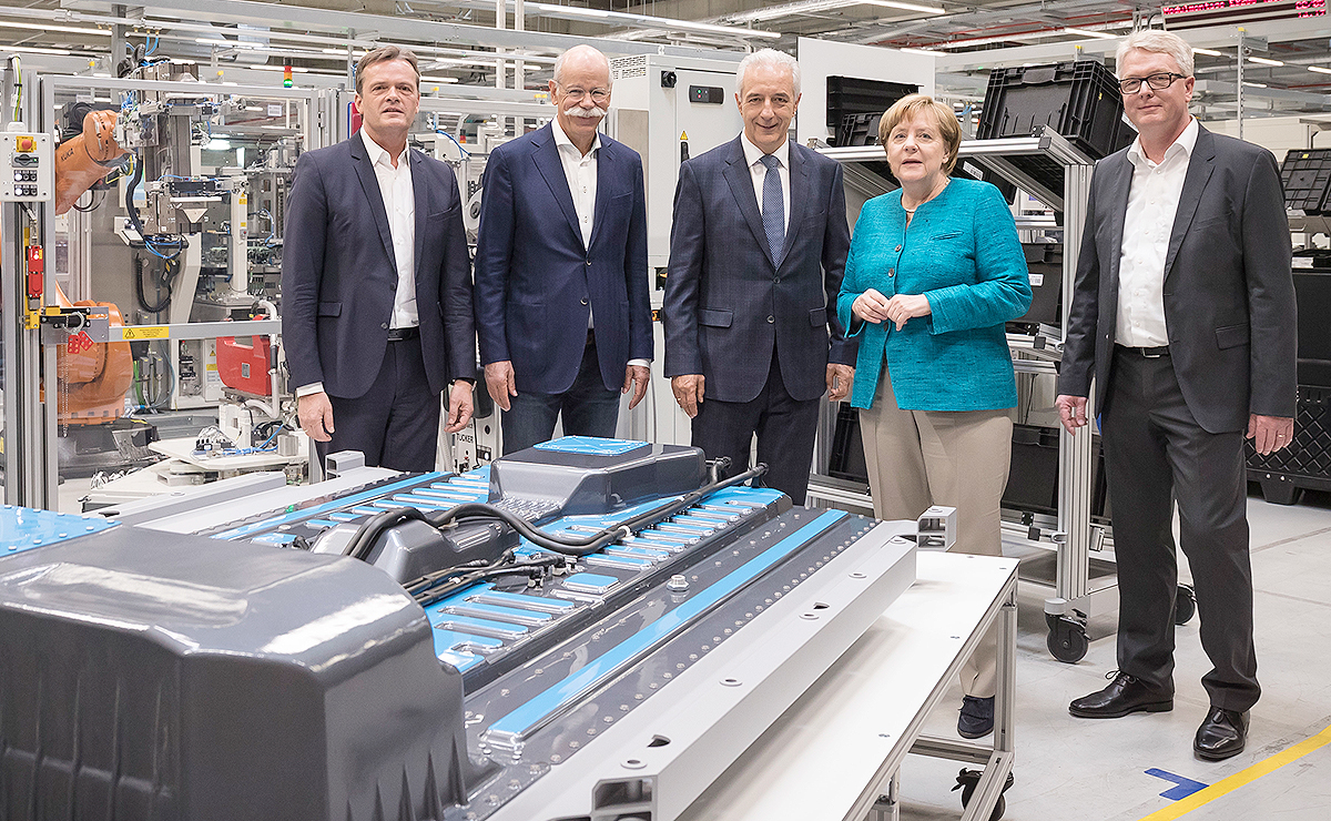 Germany lures auto companies to less-developed east with