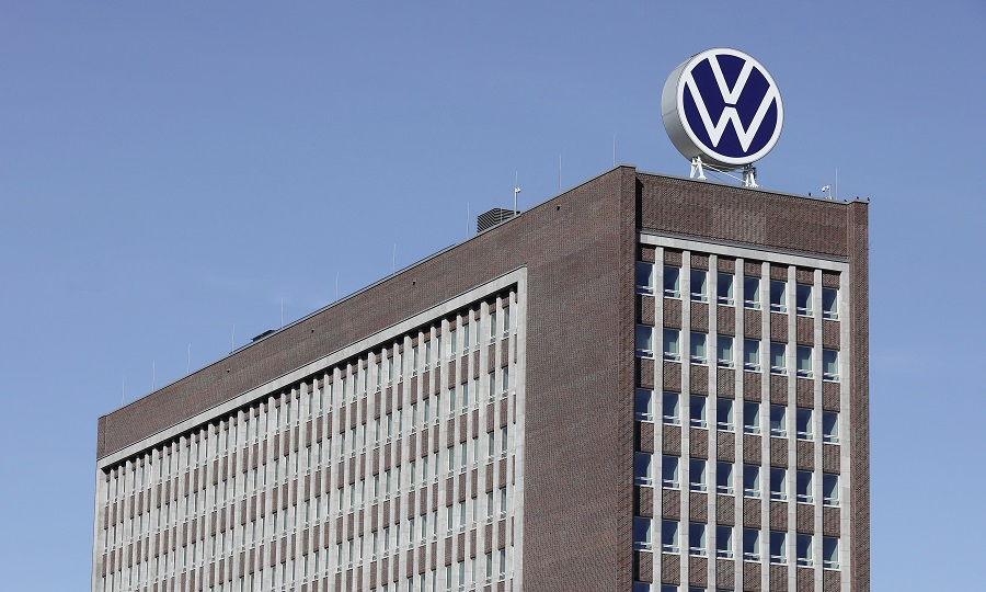 vw execs investigated by german court for overpaying union chiefs vw execs investigated by german court for overpaying union chiefs