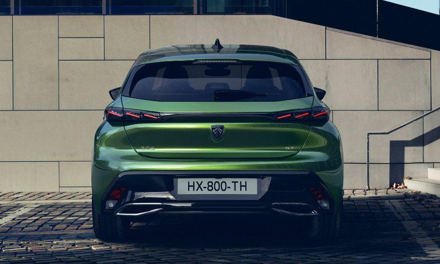 Green Peugeot 308 2.jpg