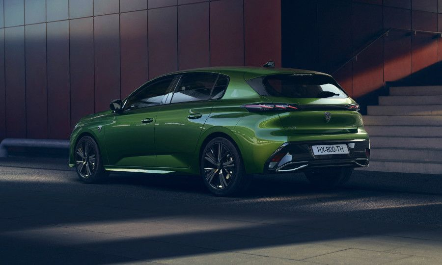 Green Peugeot 308 9.jpg