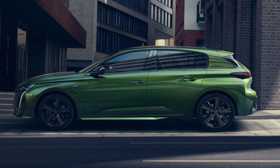 Green Peugeot 308 4.jpg