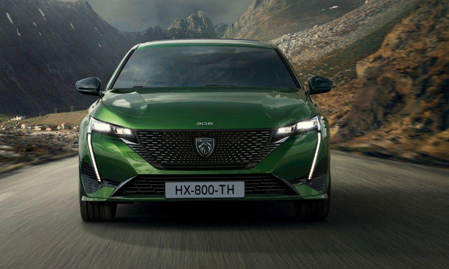 Green Peugeot 308 8.jpg