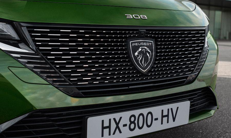 Green Peugeot 308 14.jpg