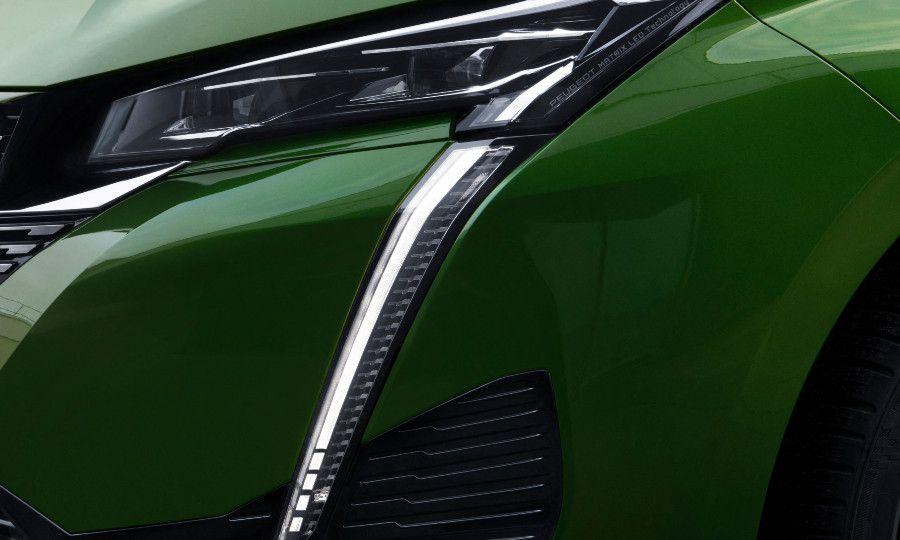 Green Peugeot 308 16.jpg