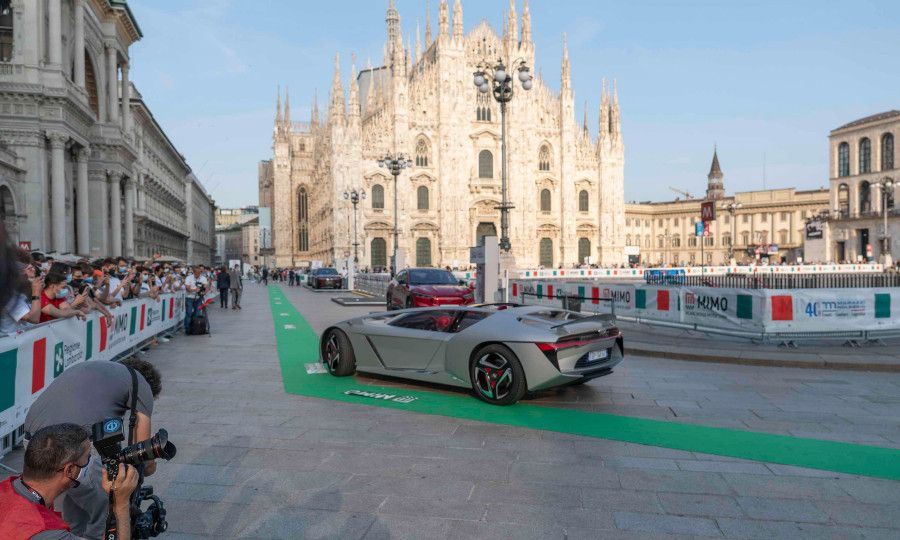 Parade of new models during the MiMo event at Milan's Piazza del Duomo