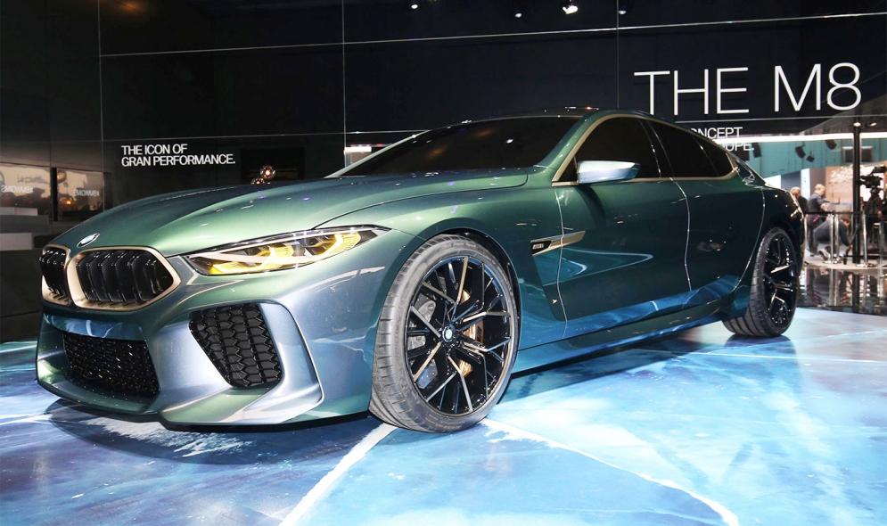 Mercedes Bmw Fund Ev Push With High Performance Sports Cars