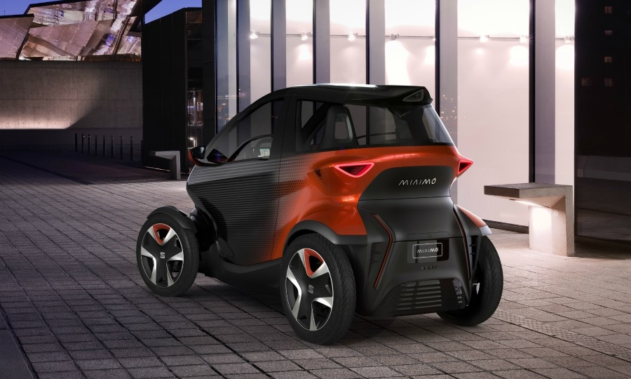 Volkswagen brand Seat's motorcycle-like Minimo concept