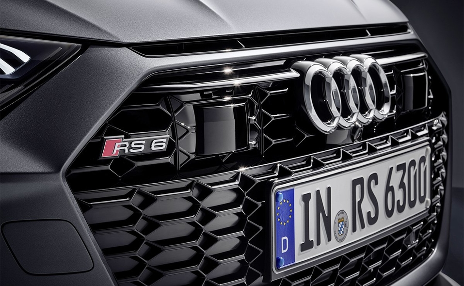 audi-rs-6-partial-front-still-5.jpg