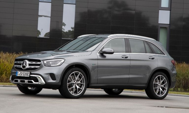 Mercedes misses fuel economy targets in U.S., China