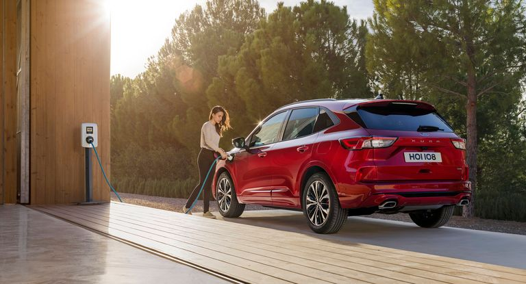 Ford counts on plug-in Kuga to reach EU CO2 target
