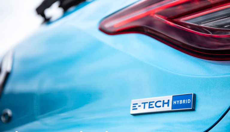 Renault meets CO2 targets, helped by new hybrids