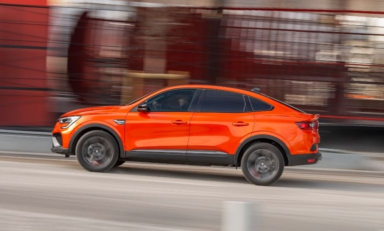 Renault adds 2nd compact SUV to lineup with coupe-styled Arkana
