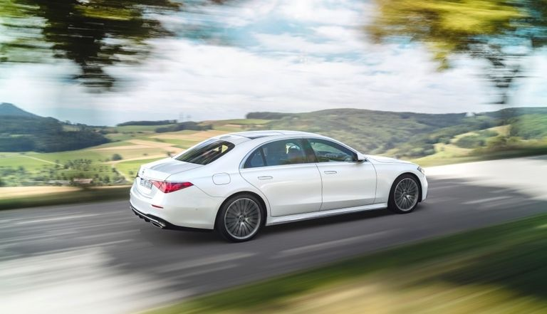 Mercedes S-Class piles on tech to fight Tesla