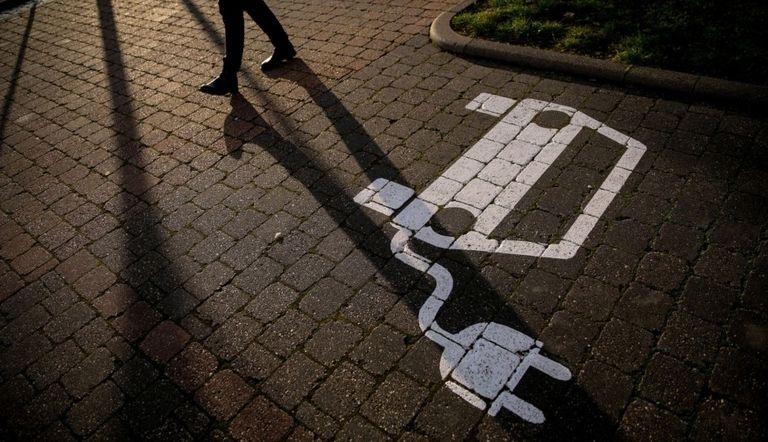 EV charging stations pass 1 million mark globally