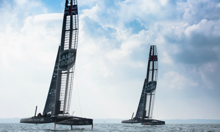 Land Rover sets sail on epic quest