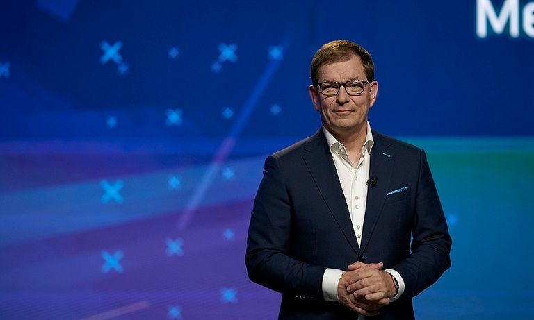 Audi CEO Duesmann appeared in the online presentation of VW Group's new Strategy 2030 on Tuesday after recording his appearance before he went into rehab.