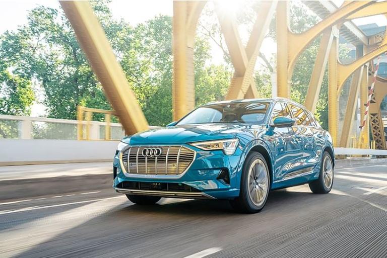 Audi e-tron-MAIN_i.jpg
