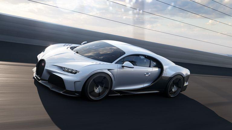 Bugatti Chiron Super Sport side.jpg