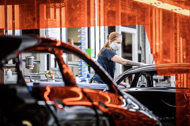 Daimlerproduction-MAIN.jpg