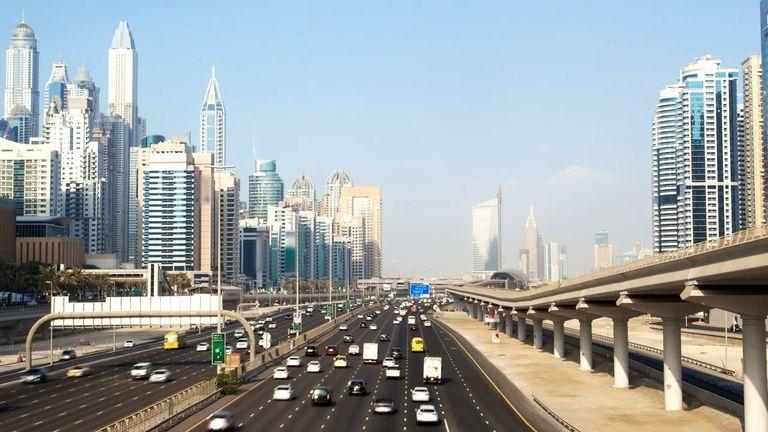 Dubai highway.jpg