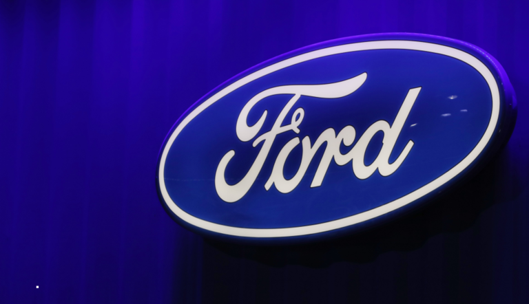 Ford will pay some suppliers early to ease cash crunch