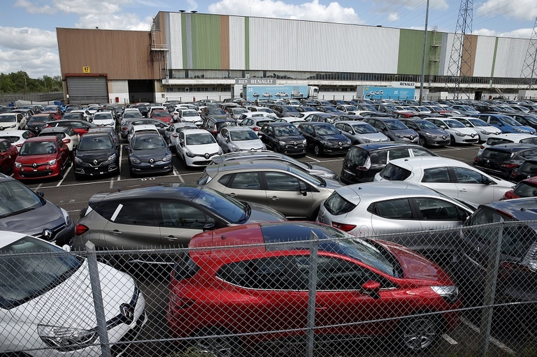 French sales collapse as virus measures shut dealerships