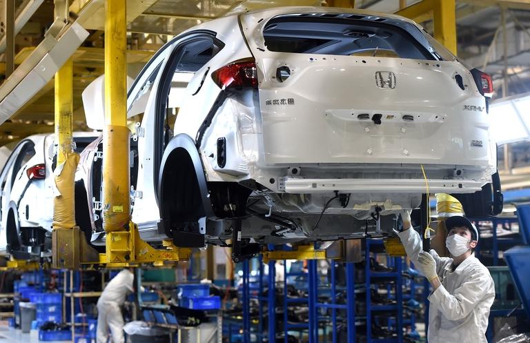 China mulls measures to stimulate auto demand