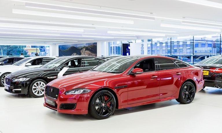 Jaguar dealership_Lookers_west london