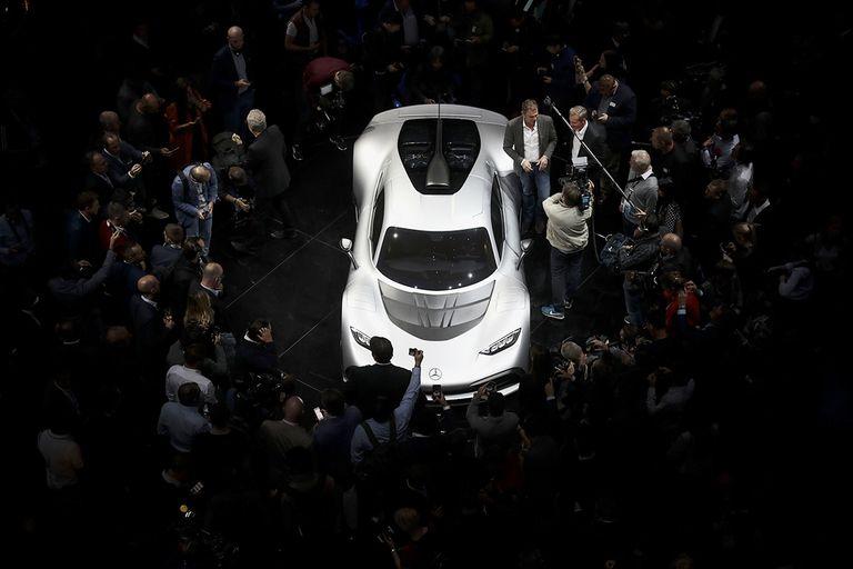 Mercedes sports car-MAIN_0.jpg