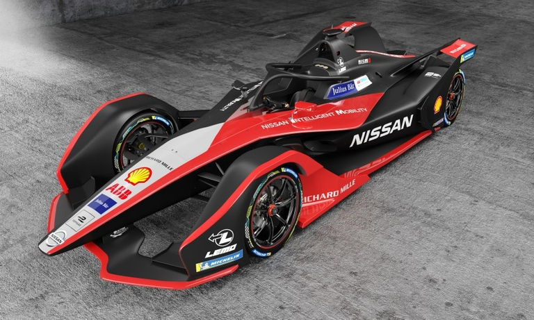 Formula E races to keep pace with EV technology