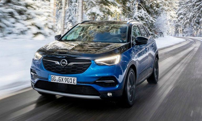 Grandland X sets new performance standard at Opel