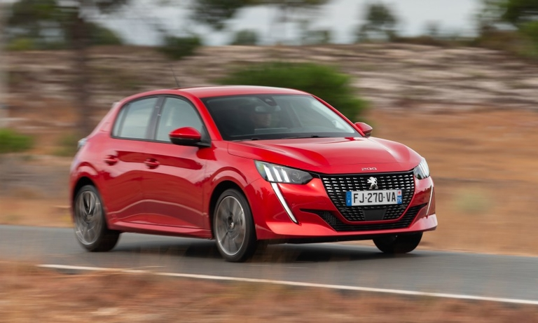 Peugeot looks to leap over rivals with high-tech 208