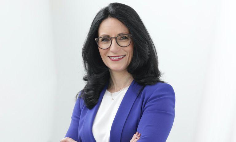 Porsche names sales exec Frenkel as head of purchasing