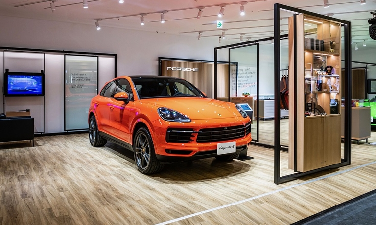 Porsche will open its first pop-up store in Europe