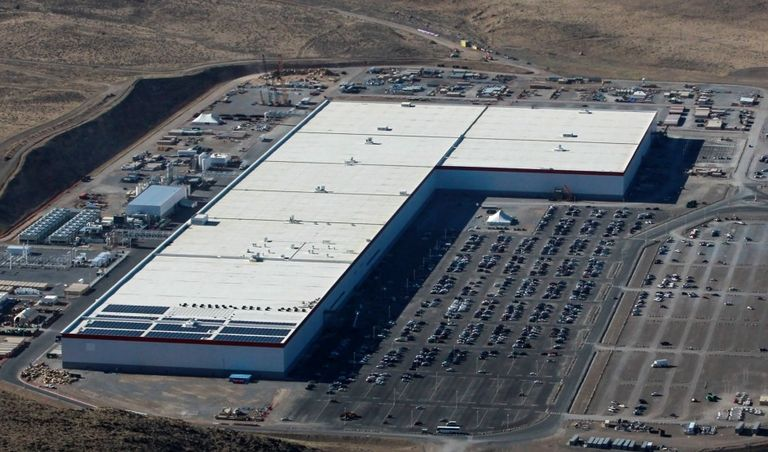 UK companies plan $4.9 billion investment in battery plants