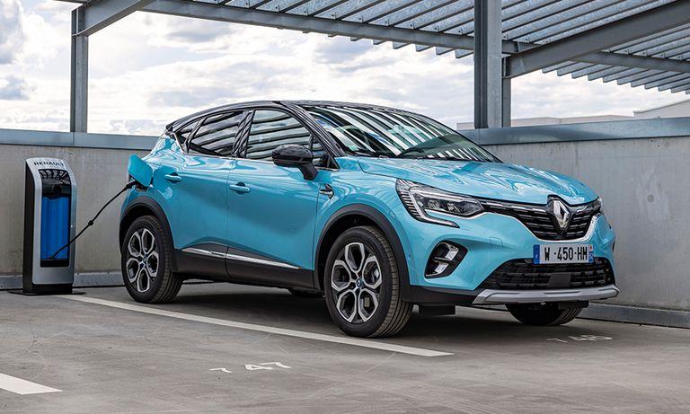 Renault hopes Captur E-Tech will 'democratize' plug-in hybrids
