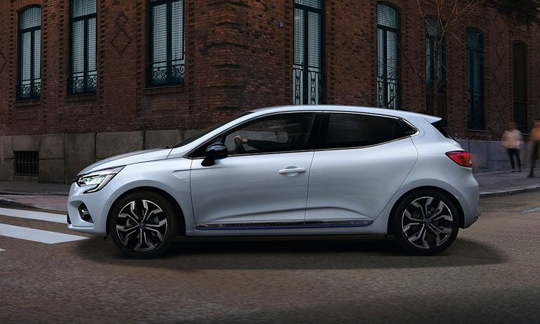 Renault Clio hybrid provides more power, emits less CO2 than diesel siblings
