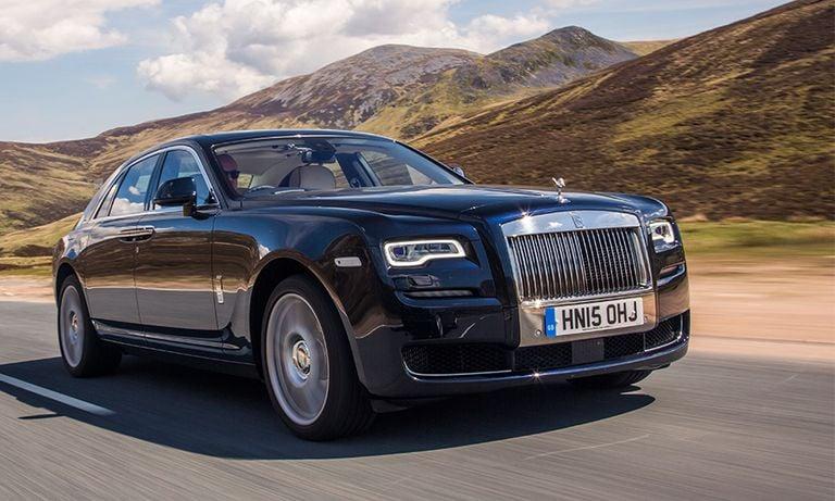 Rolls-Royce simplifies new Ghost's design