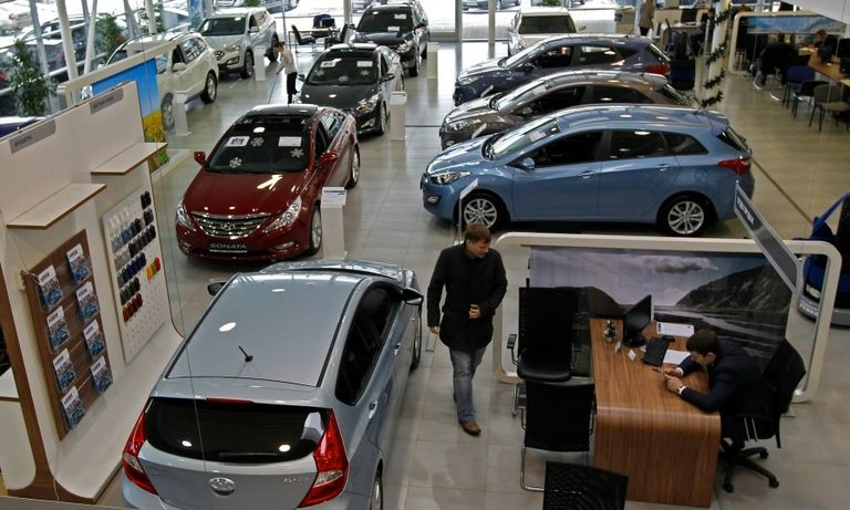 Russia sales fall 4% in January as rebound stalls