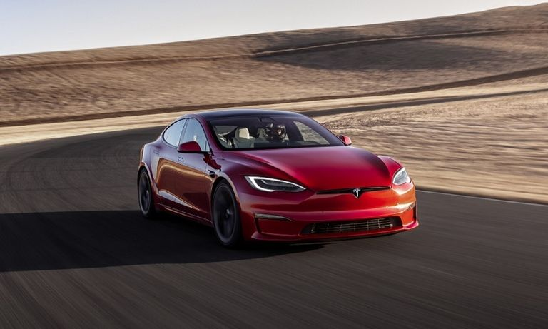 Tesla-Model S PLAID
