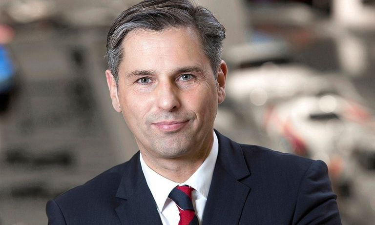 VW brand gets Porsche veteran as sales chief
