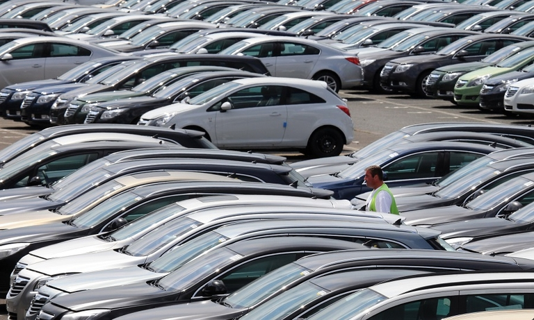 Europe's dealer network must shrink further as online sales increase, report says