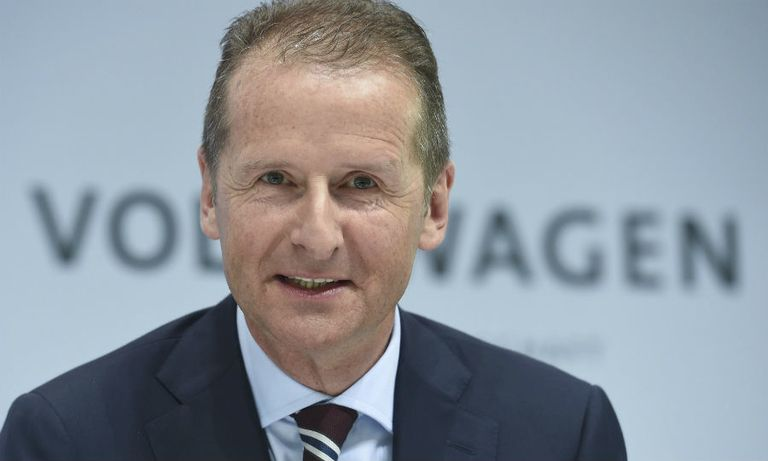 VW CEO gets contract extension