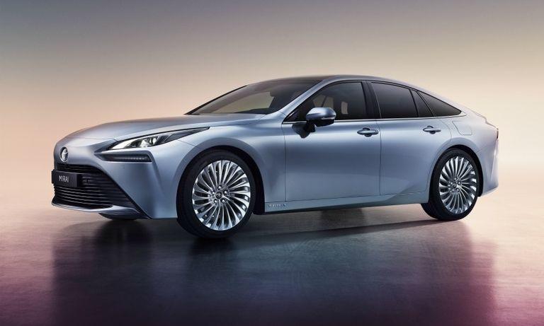 Toyota Mirai fuel cell sedan priced to win EV buyers