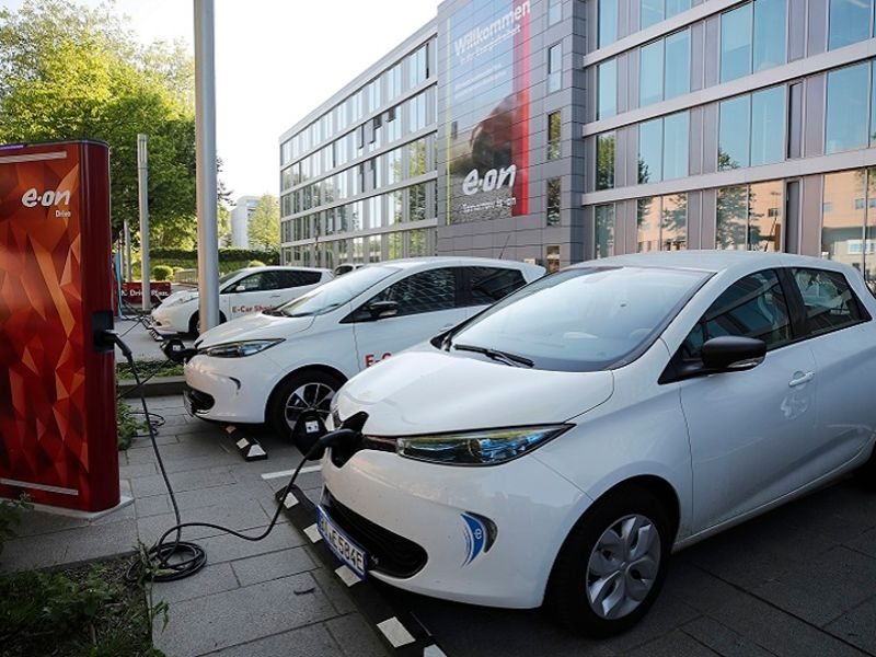 German Public Electric Car Charging Network Grows 60,Pictures For Bathroom Walls