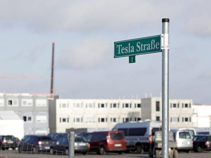 Tesla%20Berlin%20factory%20Rtrs%20Nov%20